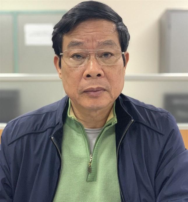 Cựu Chủ tịch MobiFone khai biếu 700 nghìn USD, ông Son nói chỉ nhận 200 nghìn ảnh 1