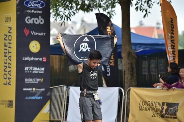 Thành viên nòng cốt của AR Saigon đăng quang đầy ấn tượng tại Longbien Marathon ảnh 5