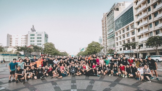 Thành viên nòng cốt của AR Saigon đăng quang đầy ấn tượng tại Longbien Marathon ảnh 6