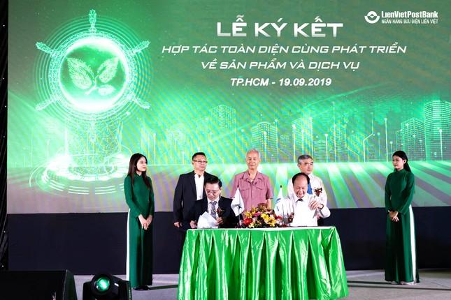 Lienvietpostbank ký kết thỏa thuận hợp tác với Xelex ảnh 2