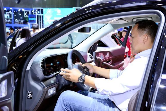 Mercedes-Benz GLE 450 mới có giá bán gần 4,4 tỷ ở Việt Nam ảnh 2