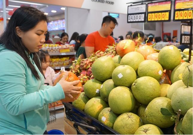 Mua hàng để được nhận xe ô tô và điện thoại tại siêu thị Co.opmart ảnh 1