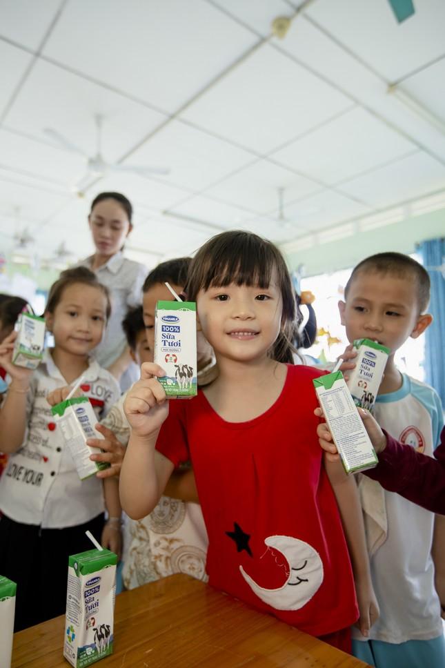 70.000 trẻ em ở Vĩnh Long sẽ thụ hưởng chương trình sữa học đường ảnh 1