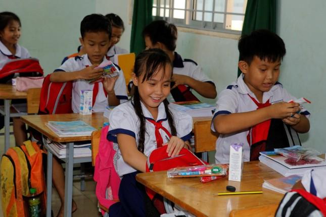 Hơn 1.000 học sinh nhận quà trong 'Ngày Thiện nguyện CapitaLand' ảnh 3
