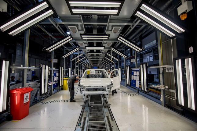 VinFast đã bán được 67.000 ô tô – xe máy điện ảnh 1