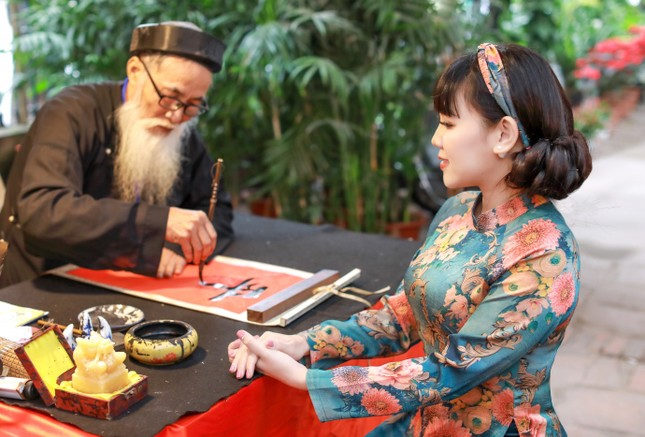Bình yên sớm mùng 1 Tết cùng Hoa hậu Đại Dương doanh nhân quốc tế Phạm Bích Thủy ảnh 6