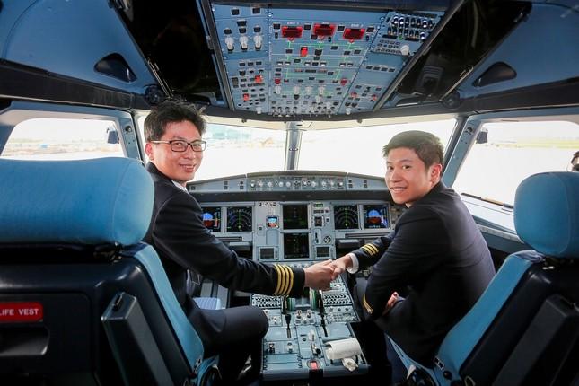 Gặp cơ trưởng cầm lái 'khách sạn 5 sao di động' Boeing 787-9 Dreamliner ảnh 3