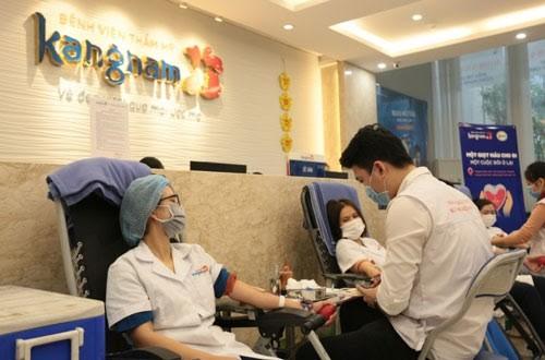 Hơn 200 y bác sĩ BVTM Kangnam tham gia ngày hội hiến máu ảnh 2