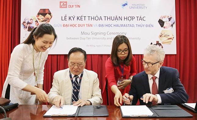 Việt Nam bắt đầu giai đoạn già hóa dân số: Cần lượng lớn nhân lực điều dưỡng ảnh 1