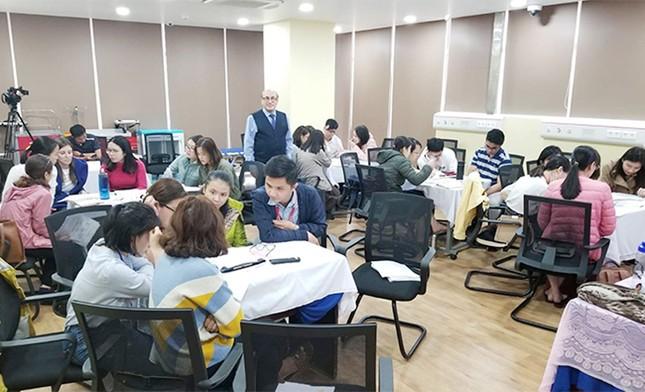 Việt Nam bắt đầu giai đoạn già hóa dân số: Cần lượng lớn nhân lực điều dưỡng ảnh 3
