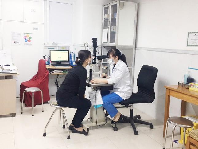 Bệnh viện Hồng Ngọc kết thúc cách ly, chính thức mở cửa trở lại từ ngày 18/03 ảnh 8