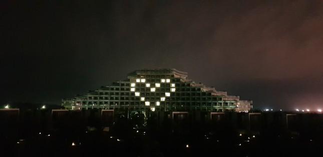 Vinpearl thắp sáng biểu tượng trái tim tri ân y bác sĩ và lan tỏa yêu thương ảnh 6