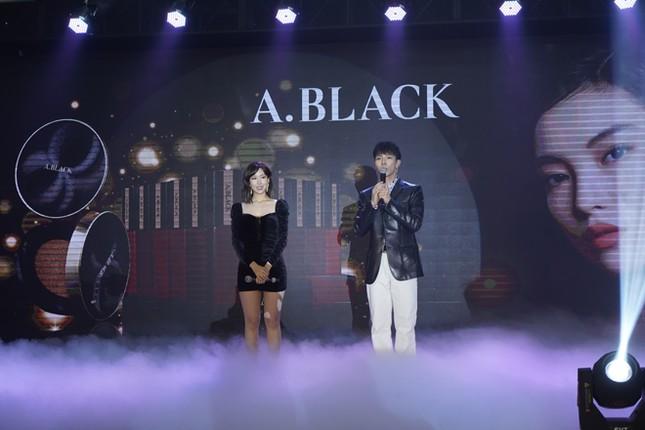Dàn sao đổ bộ sự kiện ra mắt mỹ phẩm Hàn Quốc A.Black ảnh 2