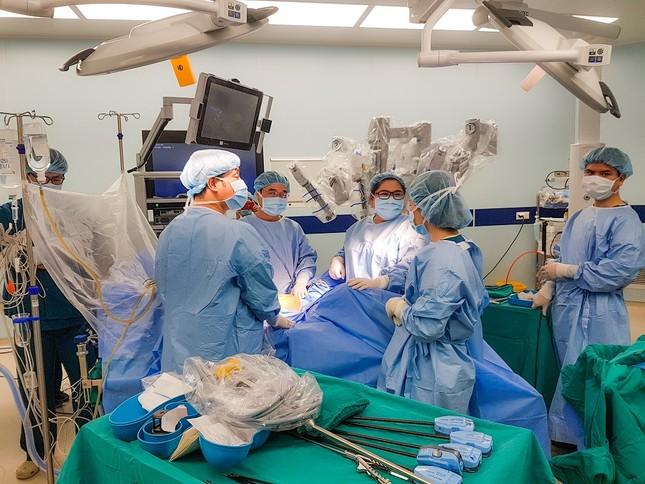 Bệnh viện Việt Nam trên 'chặng đua' chuyển đổi số ảnh 1