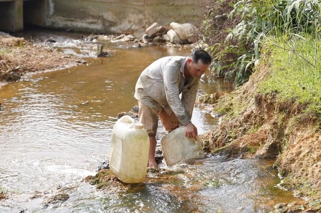 Niềm vui nước sạch về với huyện miền núi xứ Huế ảnh 1
