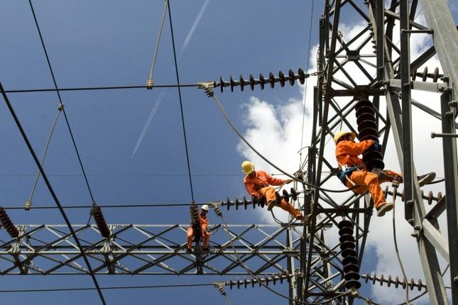 Nỗ lực đáp ứng nhu cầu điện phát triển kinh tế-xã hội khu vực phía Nam sau dịch COVID-19 ảnh 1