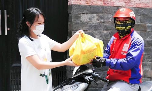 'ĐI CHỢ ONLINE' giải pháp mua sắm tiện lợi, tiết kiệm của bà nội trợ Việt hiện đại ảnh 1