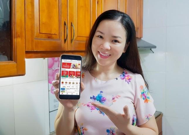 'ĐI CHỢ ONLINE' giải pháp mua sắm tiện lợi, tiết kiệm của bà nội trợ Việt hiện đại ảnh 2