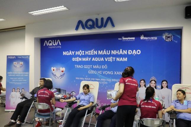AQUA Việt Nam cùng Đỗ Mỹ Linh và Trần Tiểu Vy hiến máu vì cộng đồng ảnh 2