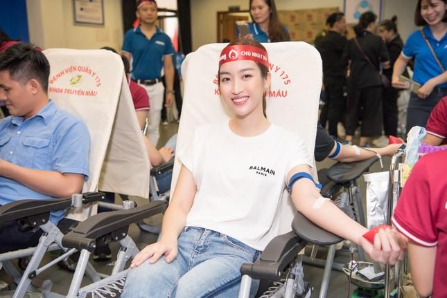 AQUA Việt Nam cùng Đỗ Mỹ Linh và Trần Tiểu Vy hiến máu vì cộng đồng ảnh 5