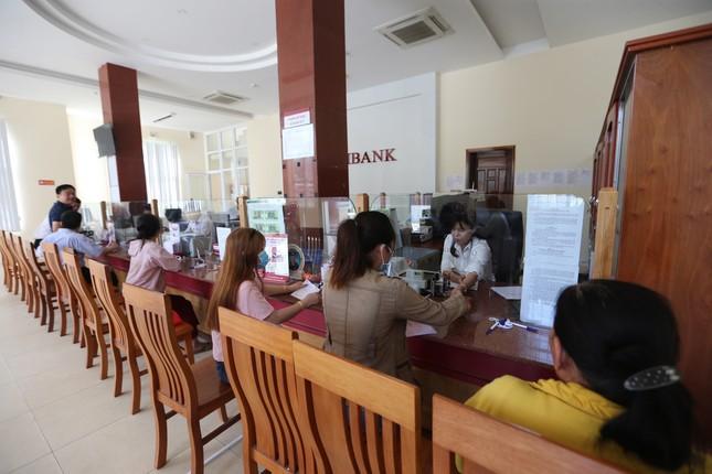 Agribank Lý Sơn (Quảng Ngãi) tiếp sức ngư dân bám biển ảnh 2
