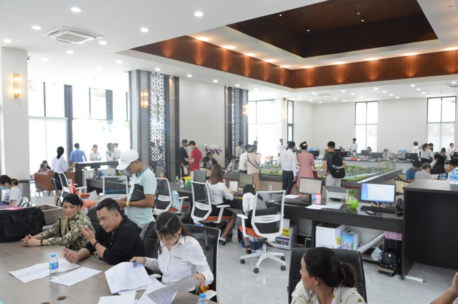 Khám phá không gian ấn tượng tại trụ sở mới của Trần Anh Group ảnh 1