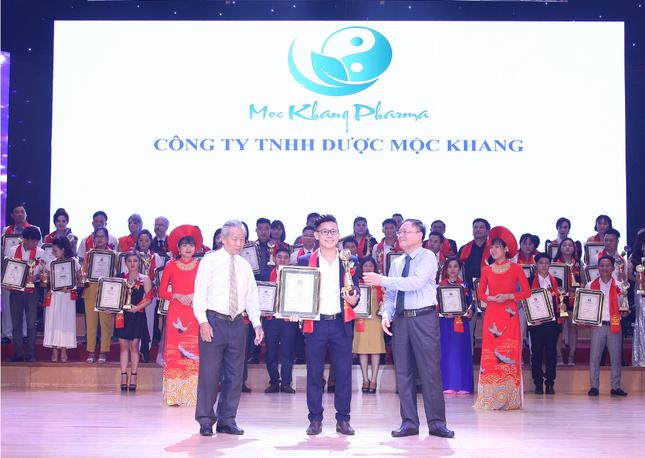 """Dược Mộc Khang nhận giải """"Top 10 Thương hiệu – nhãn hiệu nổi tiếng đất Việt năm 2020 ảnh 3"""