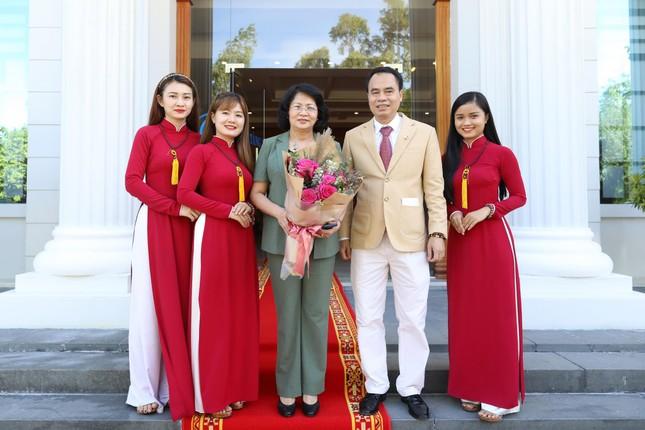 Phó Chủ tịch nước Đặng Thị Ngọc Thịnh thăm công ty Trầm hương Khánh Hòa ảnh 5