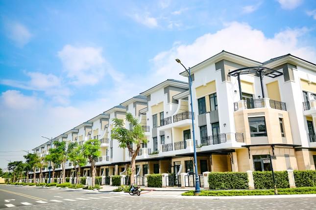 Trao giải Top 50 DN tăng trưởng xuất sắc, Top 10 chủ đầu tư bất động sản uy tín Việt Nam ảnh 3