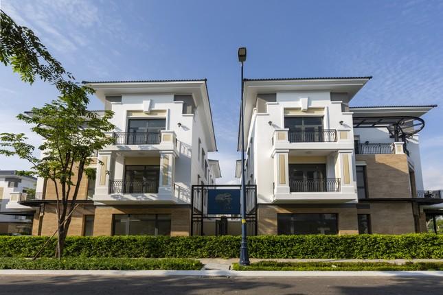 Trao giải Top 50 DN tăng trưởng xuất sắc, Top 10 chủ đầu tư bất động sản uy tín Việt Nam ảnh 4