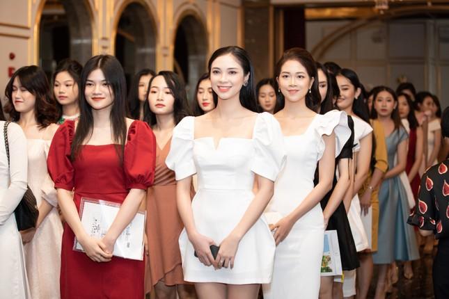 Vietjet đồng hành cùng Hoa hậu Việt Nam 2020 ghi dấu 'thập kỷ hương sắc' ảnh 1