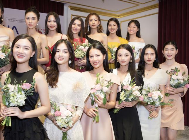 Vietjet đồng hành cùng Hoa hậu Việt Nam 2020 ghi dấu 'thập kỷ hương sắc' ảnh 2