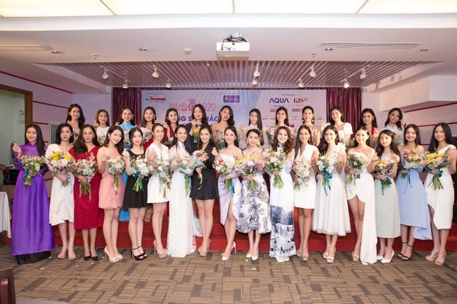 Vietjet đồng hành cùng Hoa hậu Việt Nam 2020 ghi dấu 'thập kỷ hương sắc' ảnh 5