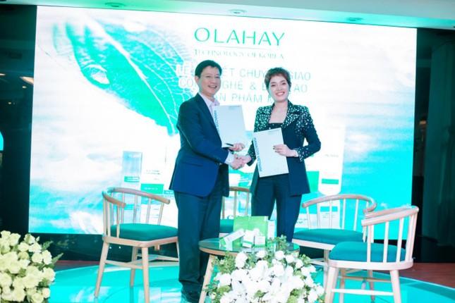 Mỹ phẩm OLAHAY ký kết chuyển giao công nghệ Hàn Quốc với Nhà máy Hanacos Việt Nam ảnh 2