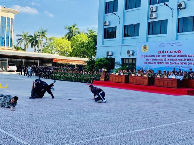 Cảnh sát cơ động Thanh Hóa luyện tập võ thuật bảo vệ đại hội Đảng ảnh 2