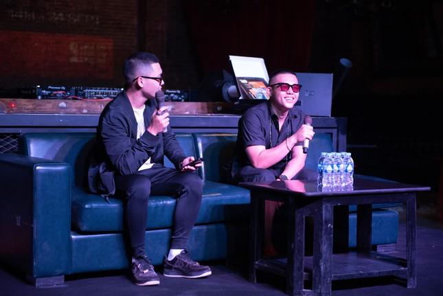 DJ Tilo ra mắt album đầu tay: Siêu phẩm cho những đôi tai ảnh 1
