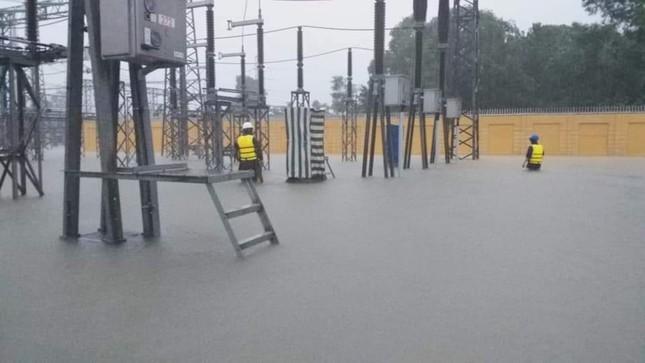 PTC2 đảm bảo vận hành an toàn lưới truyền tải điện trong mùa mưa lũ ảnh 2