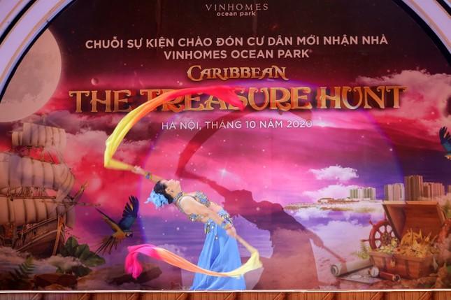 Vừa bàn giao, cư dân Vinhomes Ocean Park đã tưng bừng văn nghệ thể thao ảnh 3