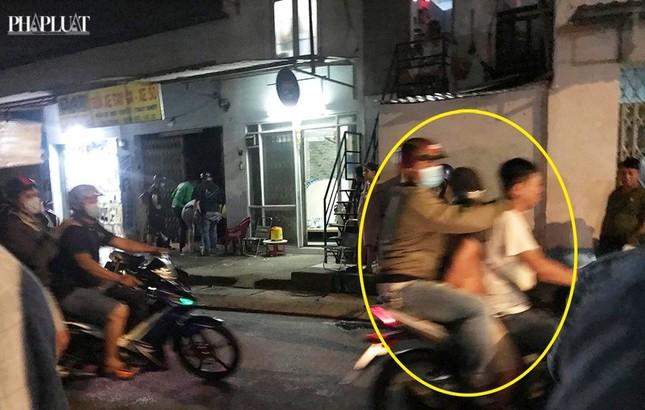 Công an Hóc Môn nổ súng trấn áp nhóm trộm, tiêu thụ xe gian ảnh 1