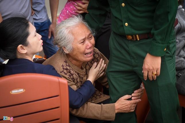 Khóc nghẹn, đưa thi thể các chiến sĩ Đoàn 337 về Đông Hà ảnh 7
