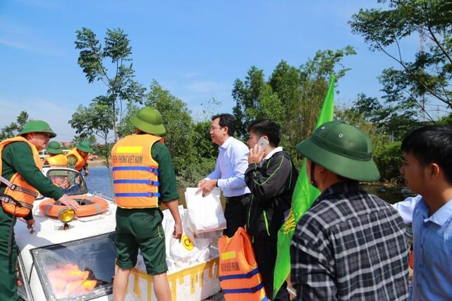 C.P. Việt Nam với chuỗi hoạt động 'hướng về miền Trung yêu thương' ảnh 3