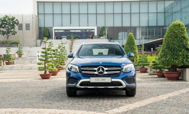 So sánh hai phiên bản Mercedes-Benz GLC 200 2018 và 2020 ảnh 3