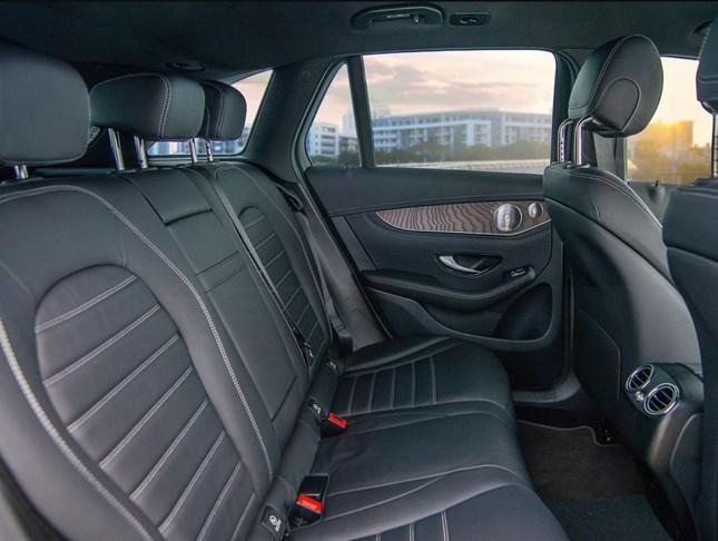 So sánh hai phiên bản Mercedes-Benz GLC 200 2018 và 2020 ảnh 10