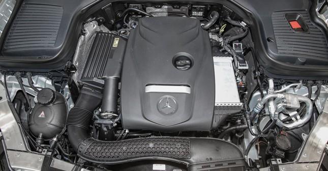 So sánh hai phiên bản Mercedes-Benz GLC 200 2018 và 2020 ảnh 13