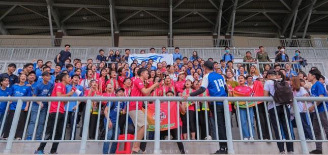 Sôi động những màn cổ vũ chỉ có tại giải bóng đá sinh viên SV-League 2020 ảnh 12