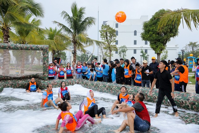 Bùng nổ ngày hội thể thao đầu tiên bên bờ biển giữa trung tâm Thủ đô ảnh 6