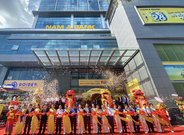 Nam A Bank triển khai nhiều hoạt động ý nghĩa nhân dịp khai trương chi nhánh Bạc Liêu ảnh 1