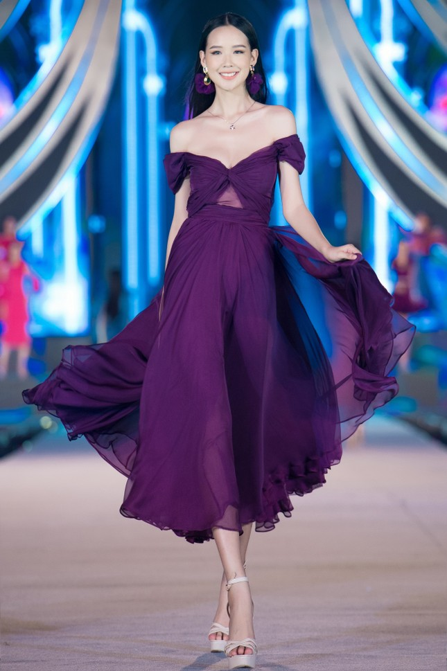 Trang sức IJC: Yếu tố giúp các thí sinh Hoa hậu Việt Nam 2020 lộng lẫy trên sàn catwalk ảnh 1