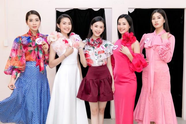Trang sức IJC: Yếu tố giúp các thí sinh Hoa hậu Việt Nam 2020 lộng lẫy trên sàn catwalk ảnh 2