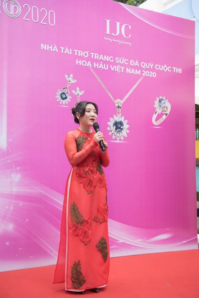 Trang sức IJC: Yếu tố giúp các thí sinh Hoa hậu Việt Nam 2020 lộng lẫy trên sàn catwalk ảnh 3